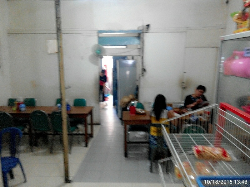 depot Bali peneleh tempat duduk dalam