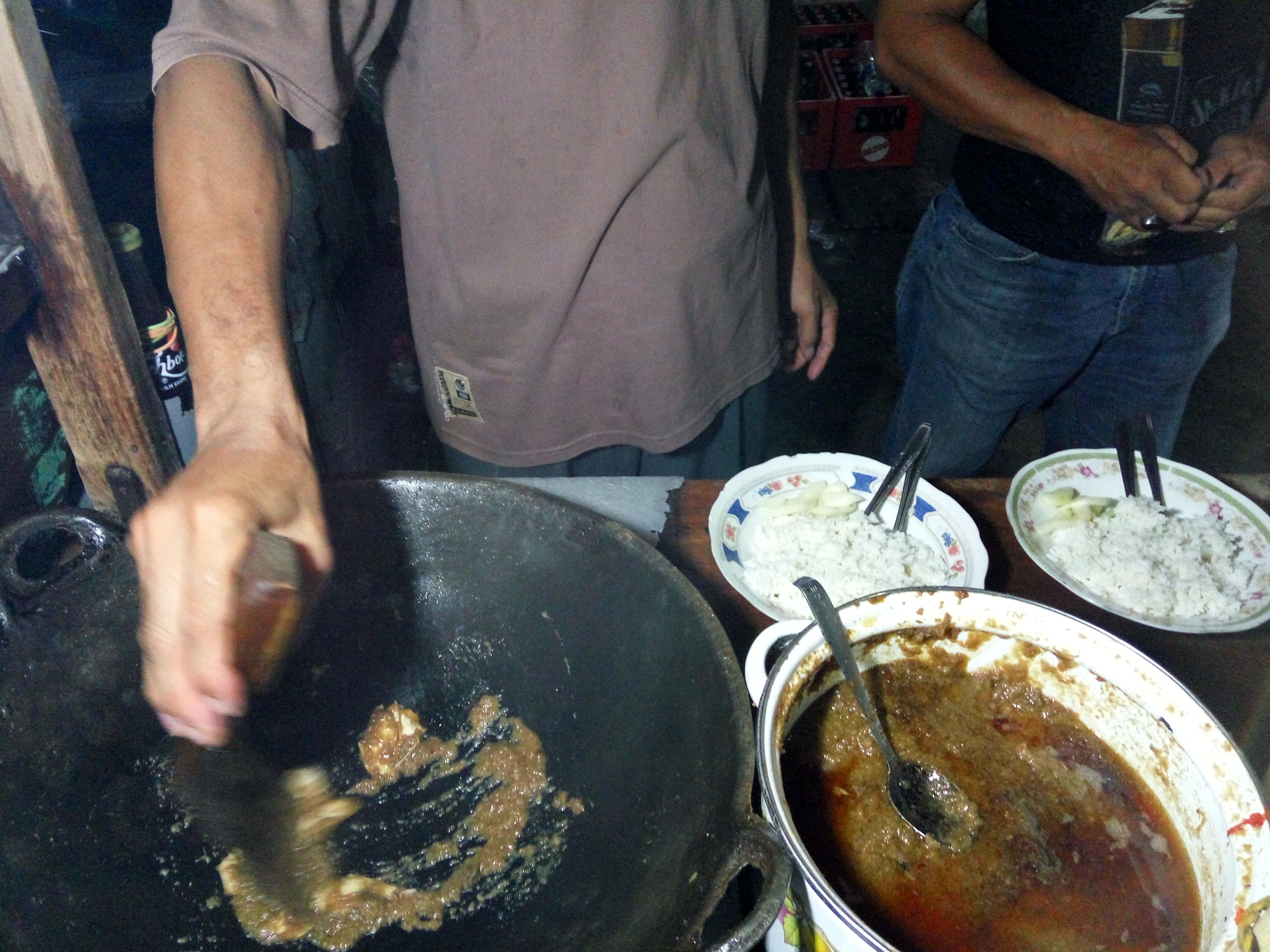 masak nasi ayam kapasan