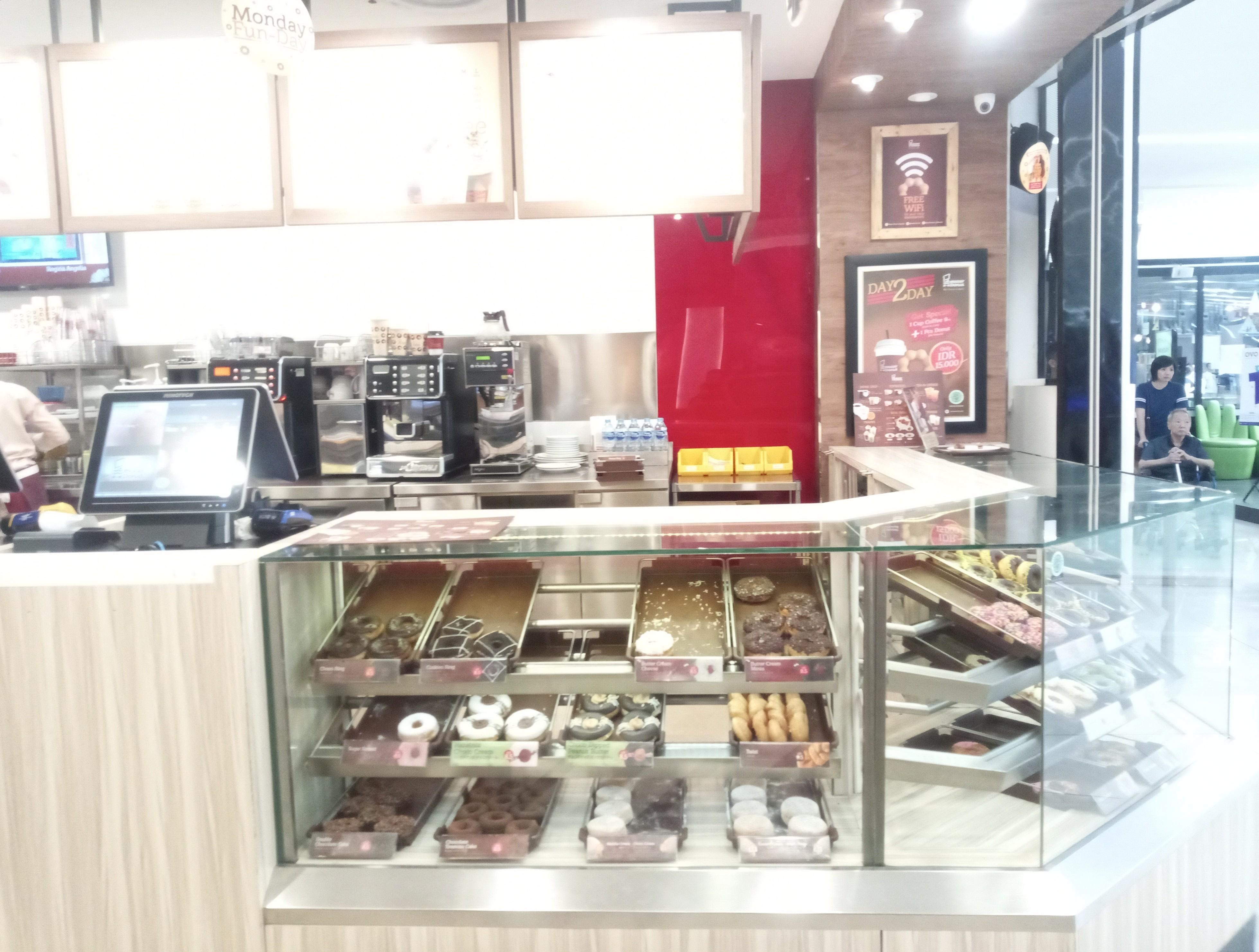 mister donut cw surabaya